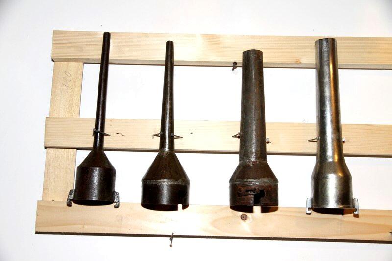 Serie di cornetti per insaccatrice