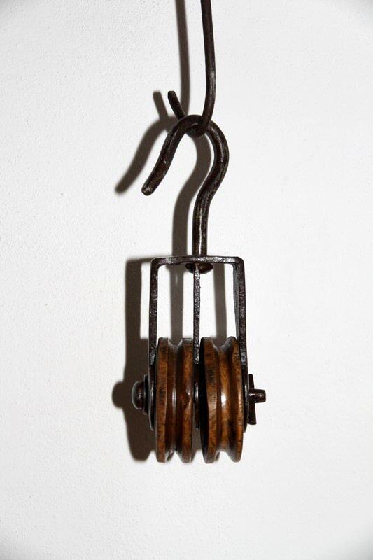 Carrucola in ferro battuto